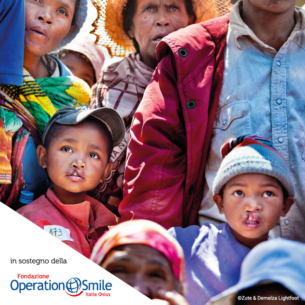 1000x1000_operation-smile2